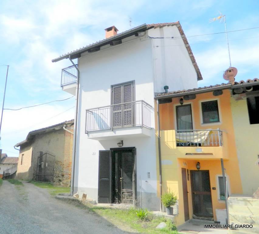 Foto 1 di Casa indipendente via Argentero 28, Castelnuovo Don Bosco
