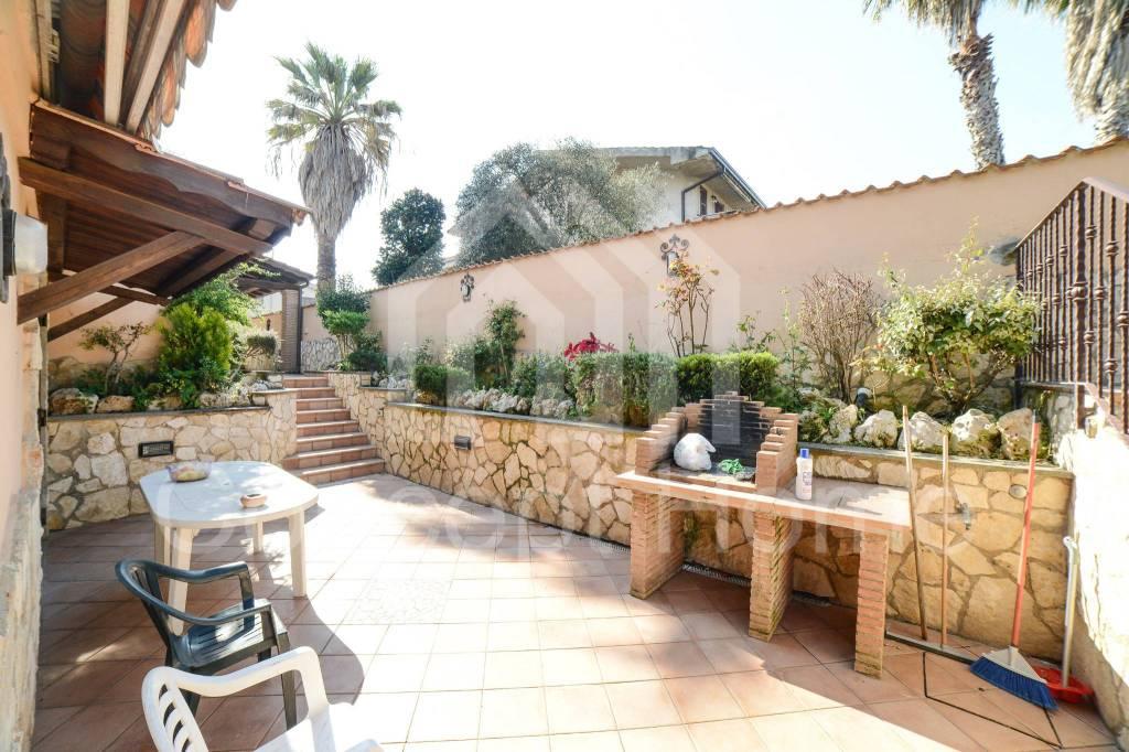 Villa in vendita a Roma, 4 locali, zona Zona: 38 . Acilia, Vitinia, Infernetto, Axa, Casal Palocco, Madonnetta, prezzo € 479.000 | CambioCasa.it