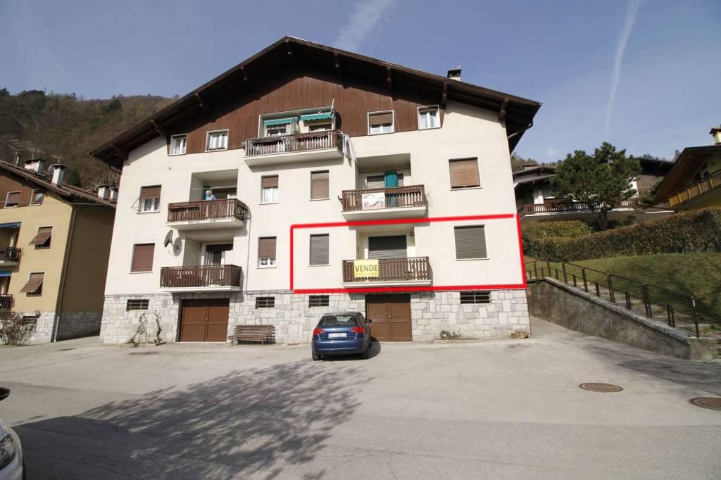 Appartamento in Vendita a Tione Di Trento Centro: 4 locali, 100 mq