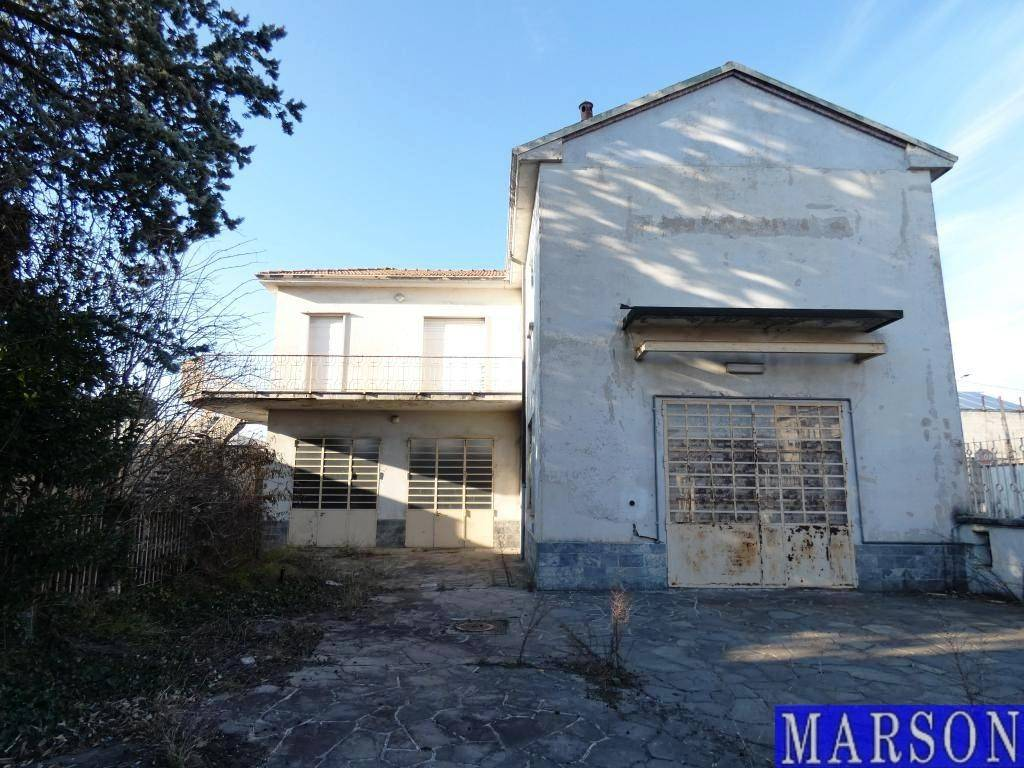 Immobile Commerciale in vendita a San Giorgio su Legnano, 6 locali, prezzo € 300.000 | PortaleAgenzieImmobiliari.it