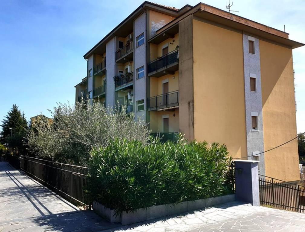 Appartamento in Vendita a Pedara Centro: 3 locali, 72 mq