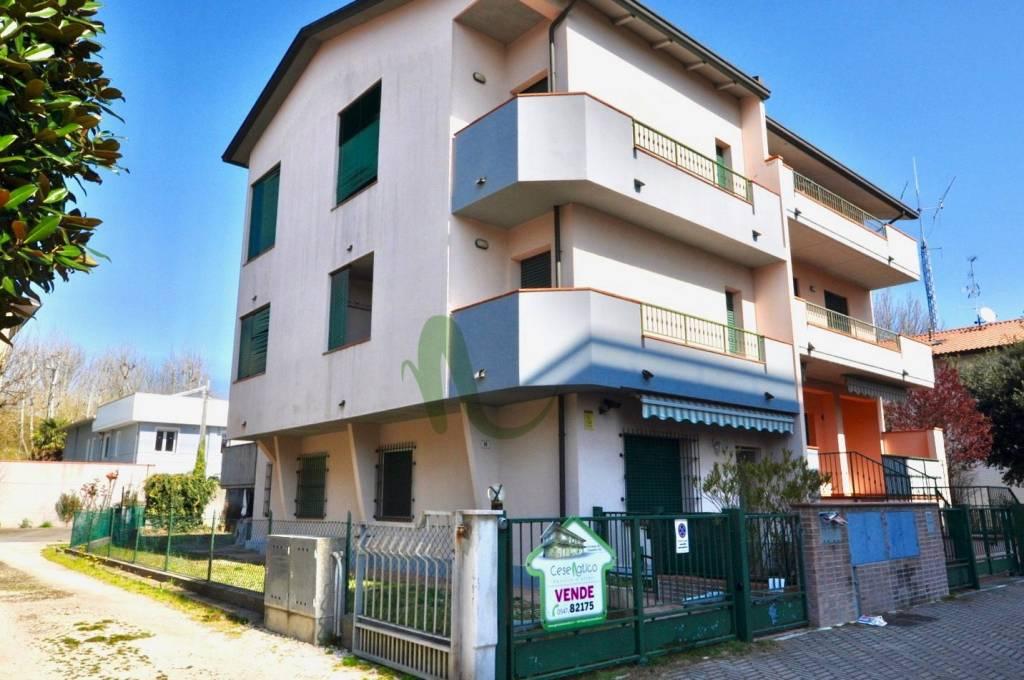 Appartamento in Vendita a Cesenatico Centro: 3 locali, 70 mq