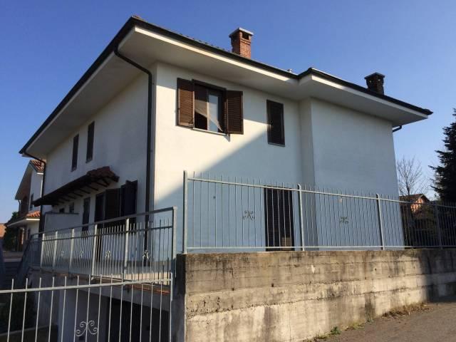 Villa in affitto a Buttigliera d'Asti, 5 locali, prezzo € 850 | CambioCasa.it