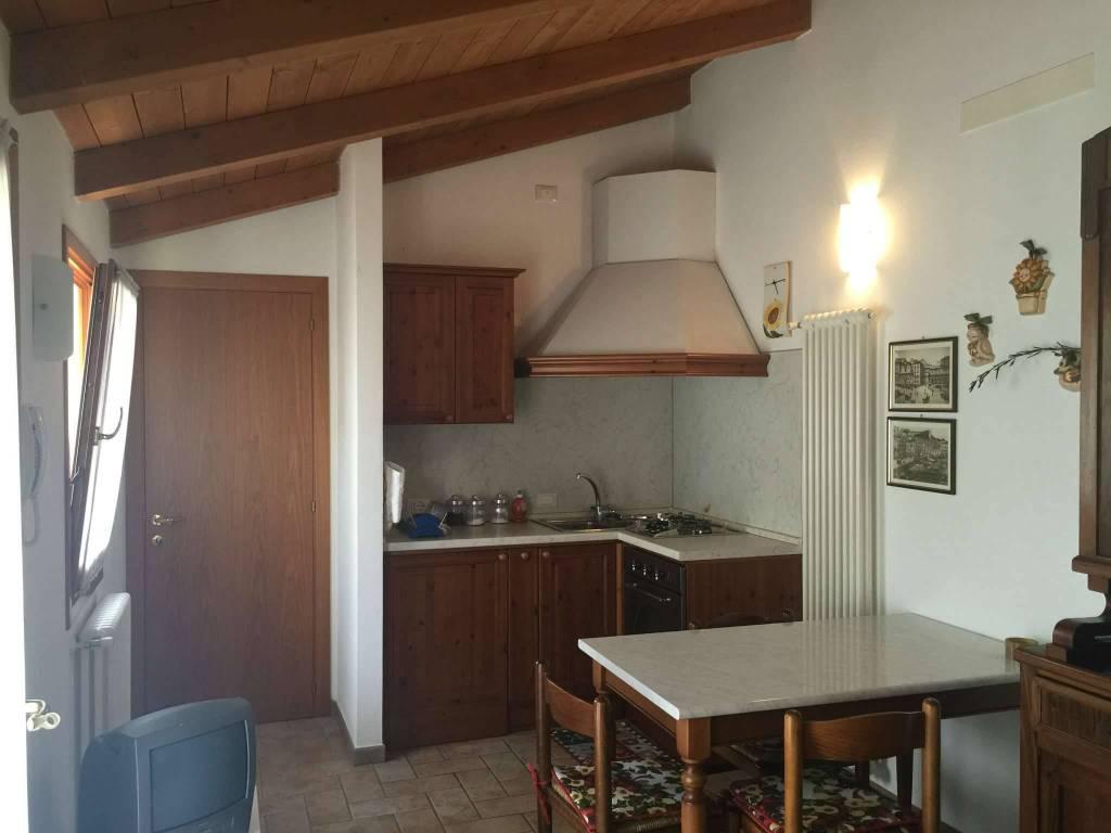 Soluzione Indipendente in affitto a Ravenna, 2 locali, prezzo € 600   CambioCasa.it