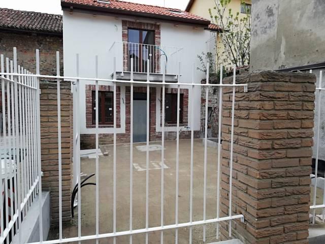 Rustico / Casale in vendita a Pianezza, 2 locali, prezzo € 129.000 | Cambio Casa.it