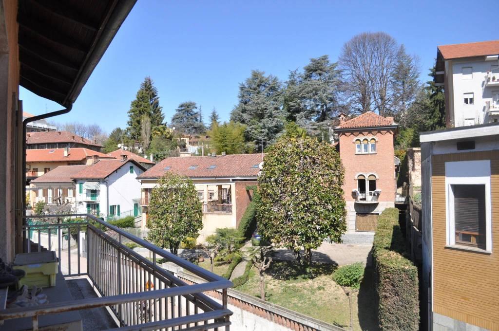 Foto 1 di Quadrilocale via Roma 40, Pino Torinese
