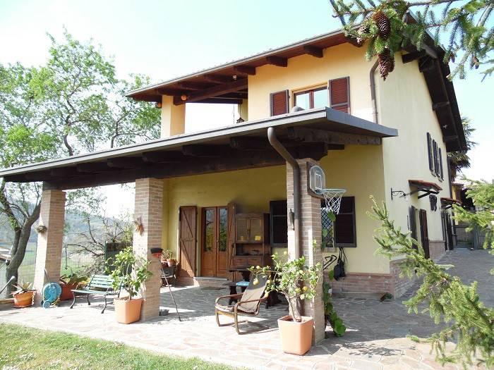 Foto 1 di Villa via Roma, Odalengo Piccolo