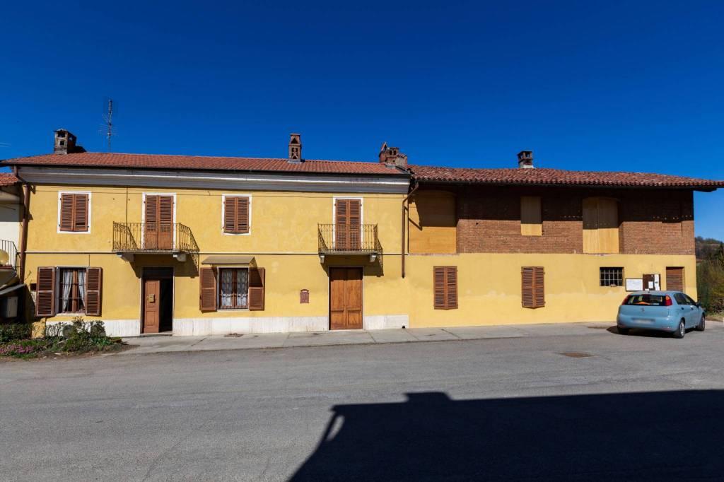 Foto 1 di Rustico / Casale piazza Moriondo, San Sebastiano Da Po
