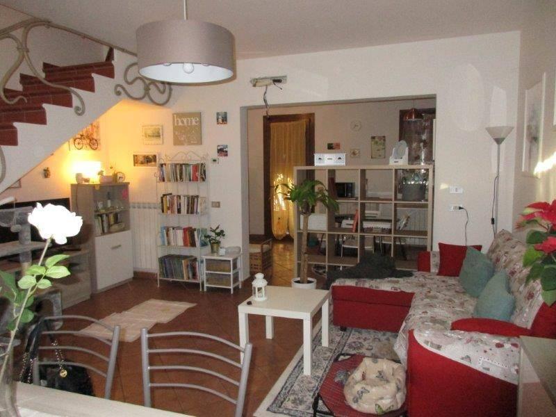 Villa a schiera 5 locali in vendita a Canaro (RO)