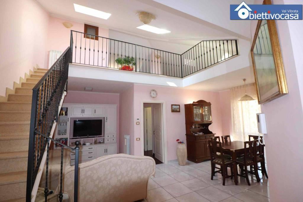 Appartamento su due livelli a Sant'Egidio Alla Vibrata