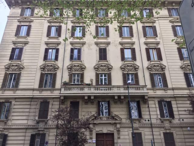 Appartamento in vendita a Roma, 6 locali, zona Zona: 25 . Trastevere - Testaccio, prezzo € 950.000 | CambioCasa.it