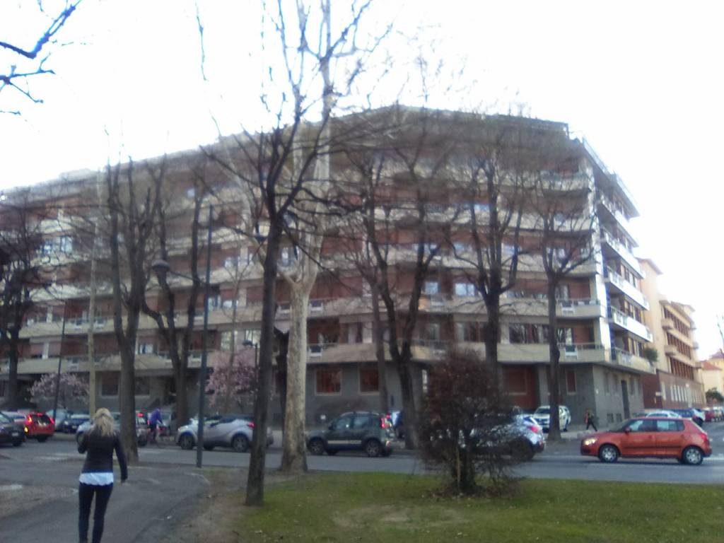 Foto 1 di Quadrilocale viale degli Angeli 26, Cuneo