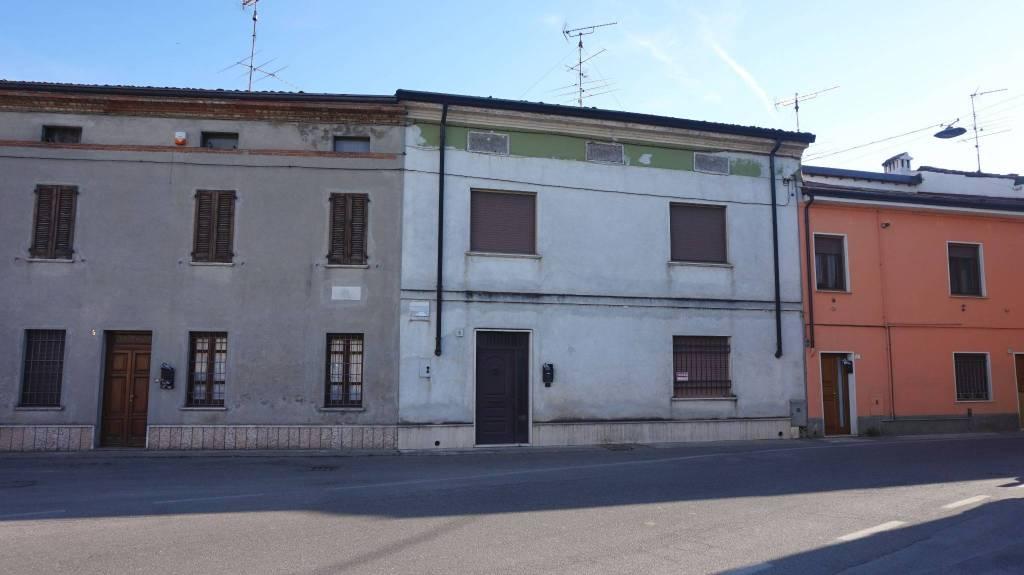 Rustico / Casale in vendita a Remedello, 7 locali, prezzo € 57.000 | PortaleAgenzieImmobiliari.it
