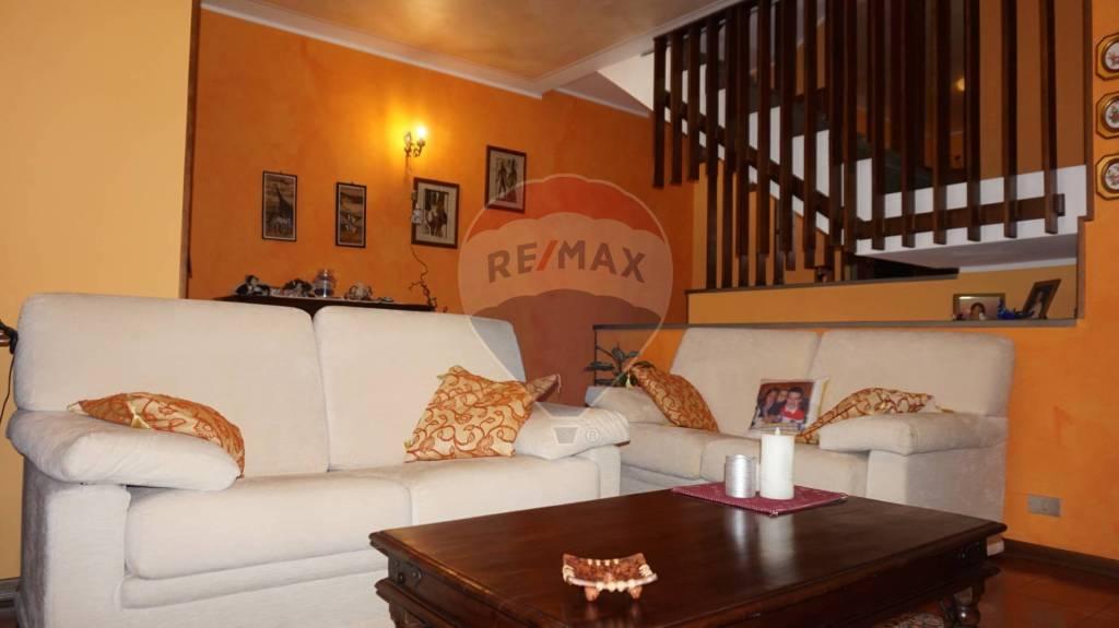 Villa a Schiera in vendita a Offlaga, 5 locali, prezzo € 129.000 | CambioCasa.it