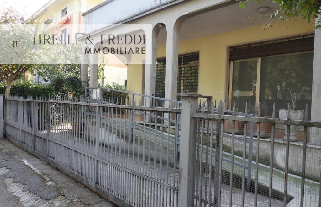 Ufficio / Studio in vendita a Paderno Franciacorta, 2 locali, prezzo € 70.000 | PortaleAgenzieImmobiliari.it