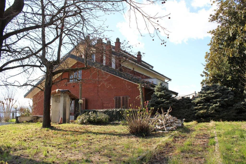 Foto 1 di Villa via per Cuceglio, Agliè