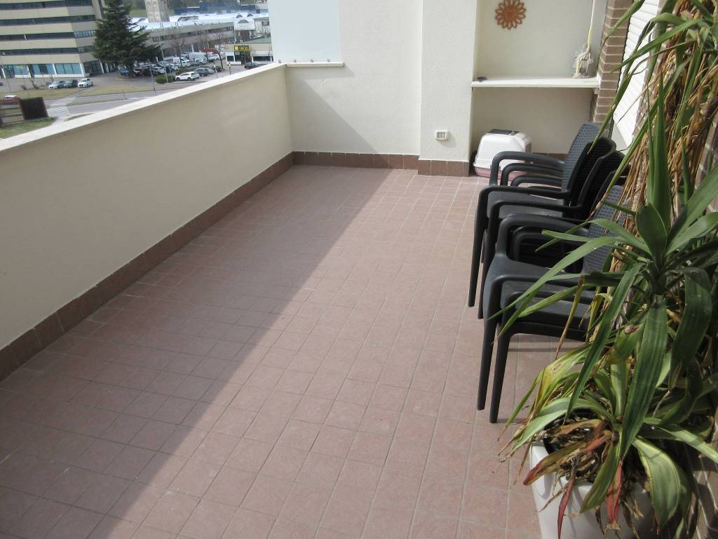 Appartamento in vendita a Pesaro, 4 locali, prezzo € 250.000 | PortaleAgenzieImmobiliari.it