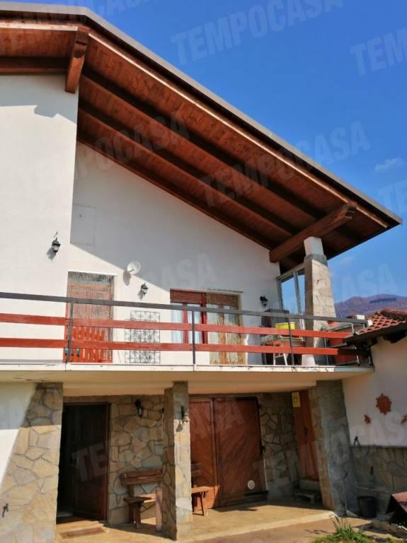 Foto 1 di Villa via Bogno, Coassolo Torinese