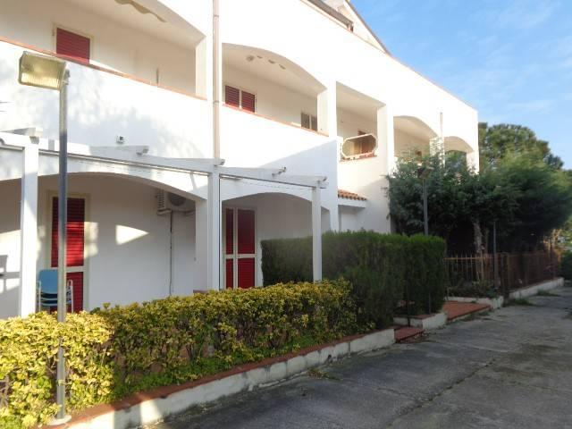 Appartamento in vendita a Riace, 4 locali, prezzo € 90.000 | CambioCasa.it