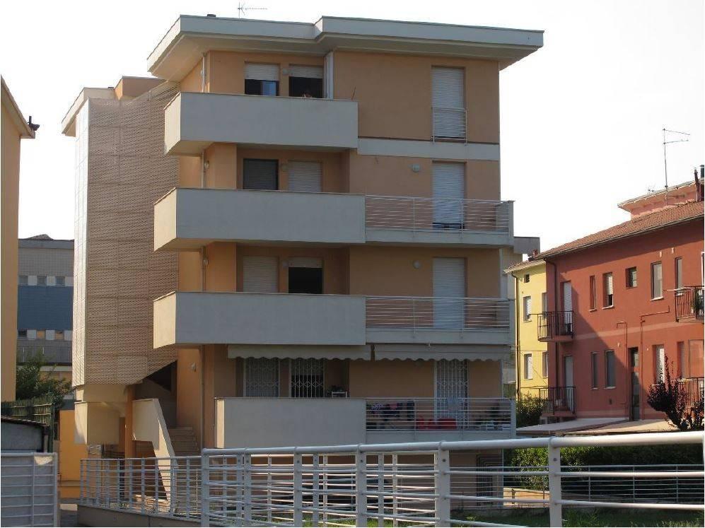 Appartamento in ottime condizioni in vendita Rif. 9350864