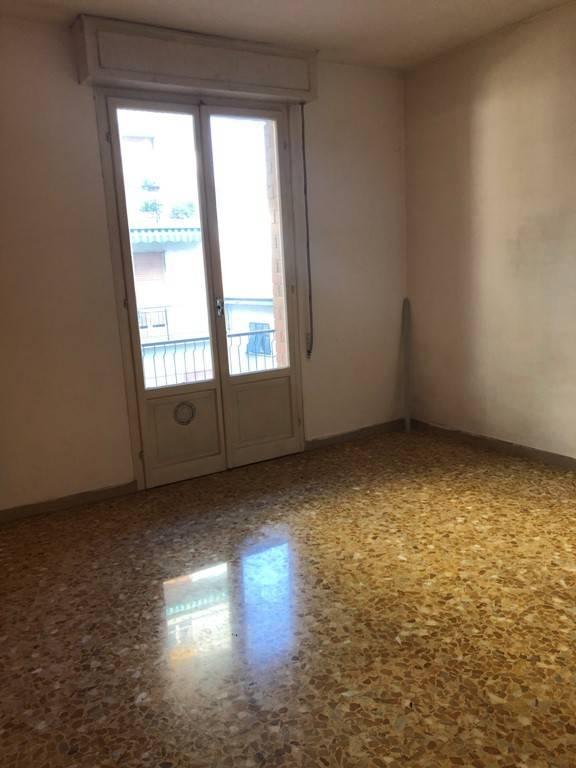 Ufficio / Studio in affitto a La Spezia, 3 locali, prezzo € 530   CambioCasa.it