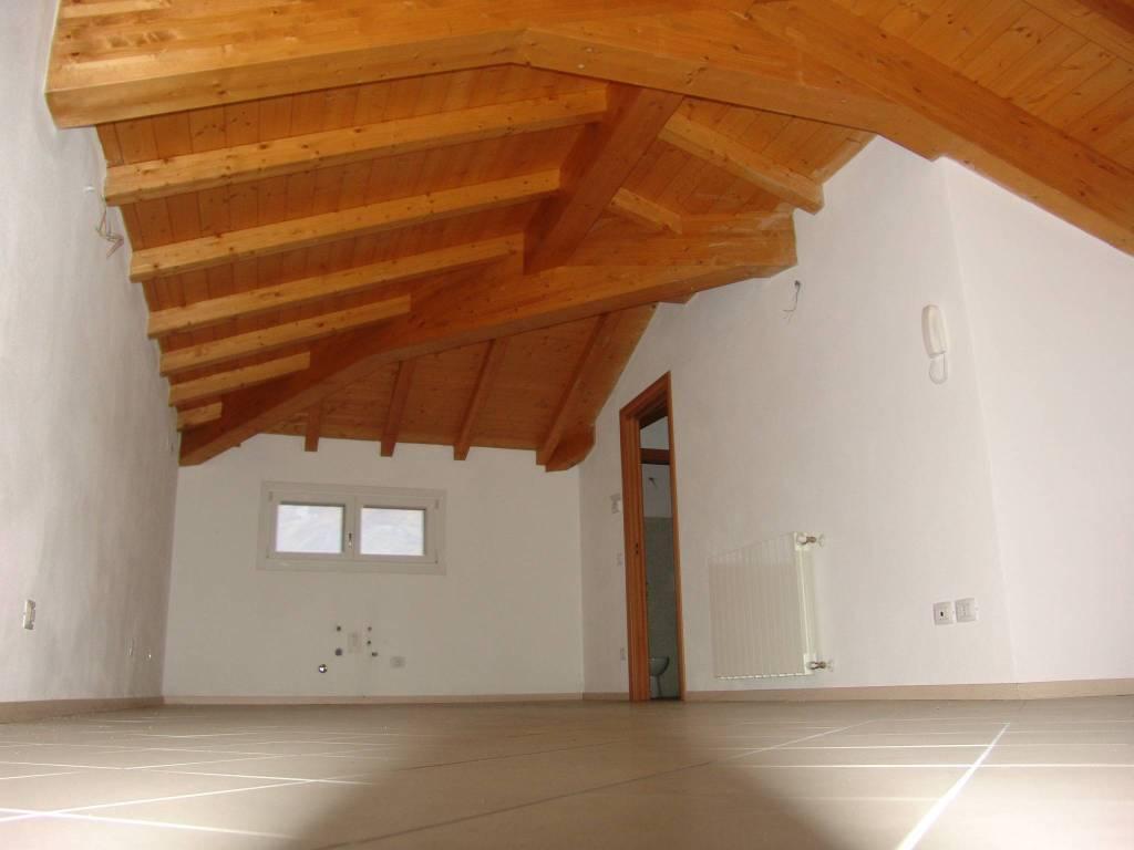 Appartamento in vendita a Esine, 3 locali, prezzo € 129.000 | PortaleAgenzieImmobiliari.it
