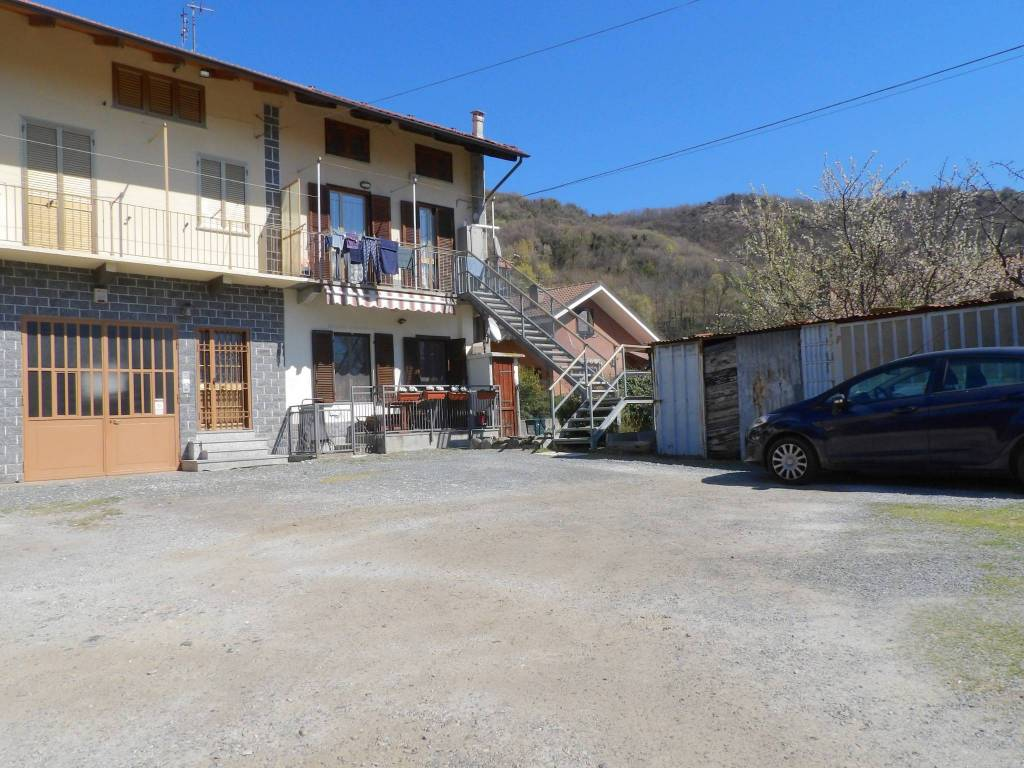 Foto 1 di Casa indipendente via Alcide De Gasperi 85, Caprie