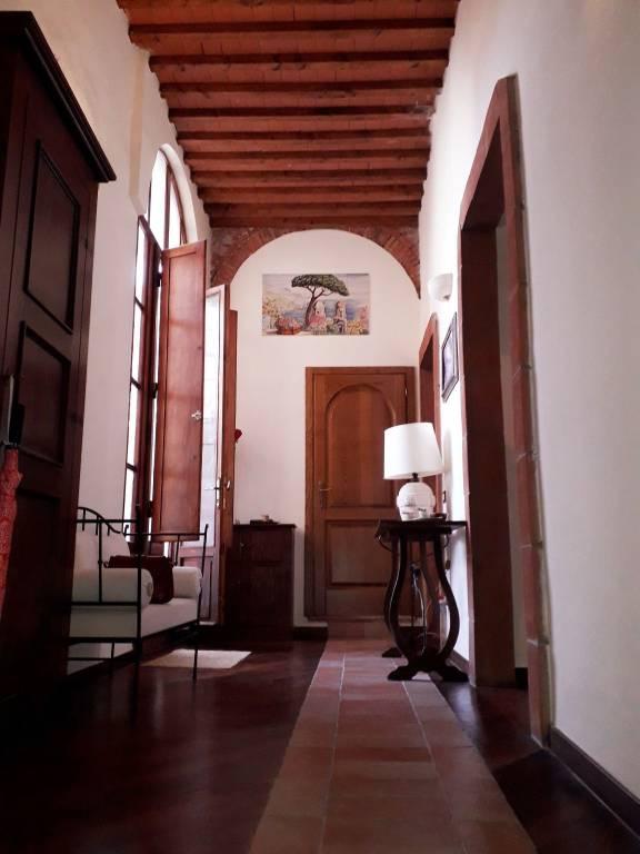 Appartamento in Vendita a Pisa Centro: 4 locali, 100 mq