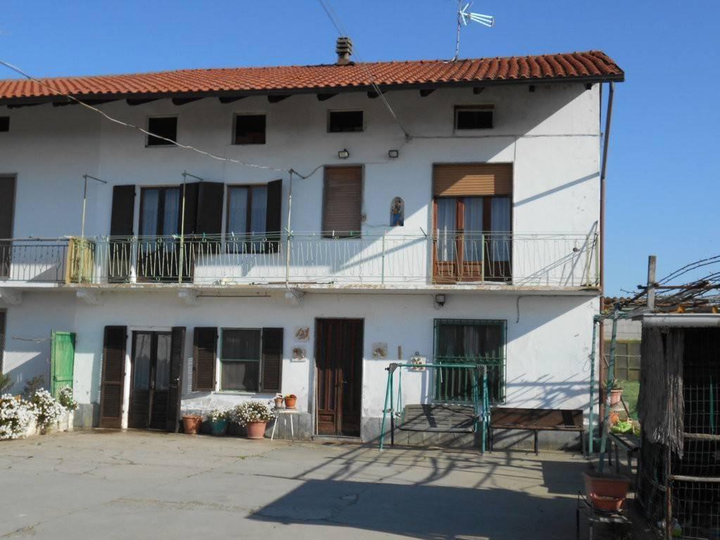 Villa in vendita a Cigliano, 5 locali, prezzo € 95.000 | PortaleAgenzieImmobiliari.it