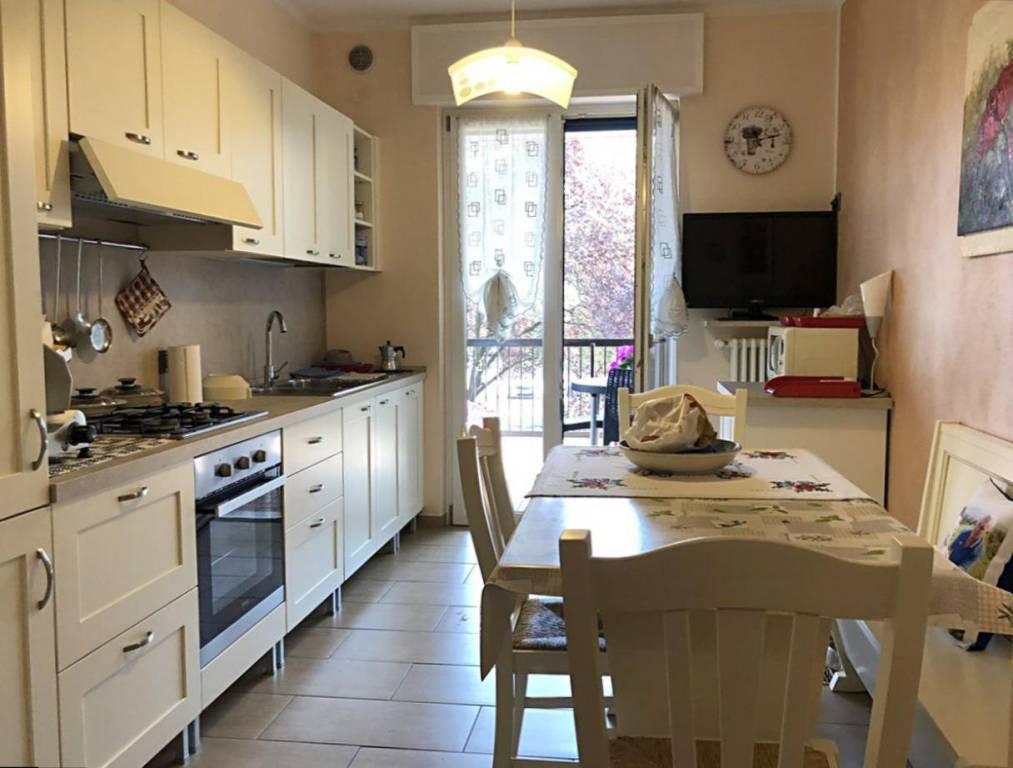 Appartamento in ottime condizioni in vendita Rif. 9285796