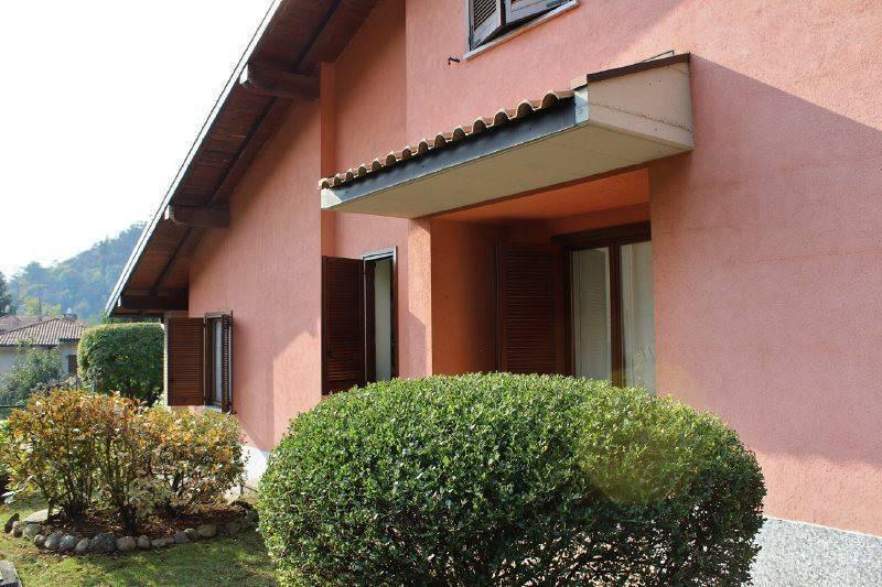 Villa in vendita a Viggiù, 5 locali, prezzo € 329.000 | PortaleAgenzieImmobiliari.it
