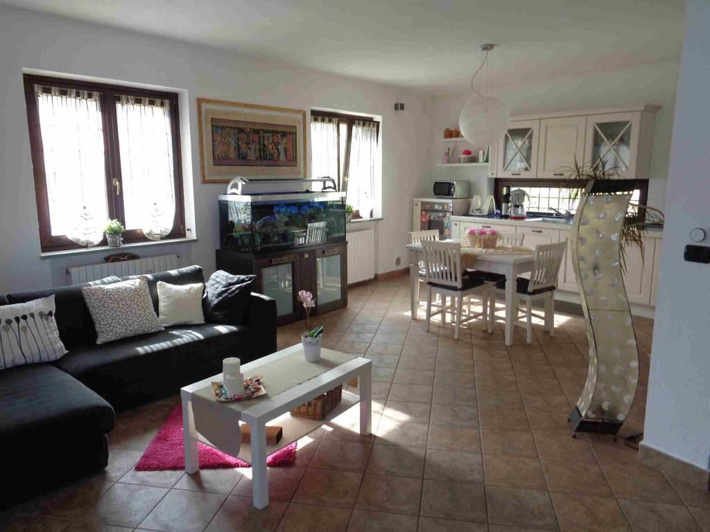 Foto 1 di Villa via Ramai 108, Varisella