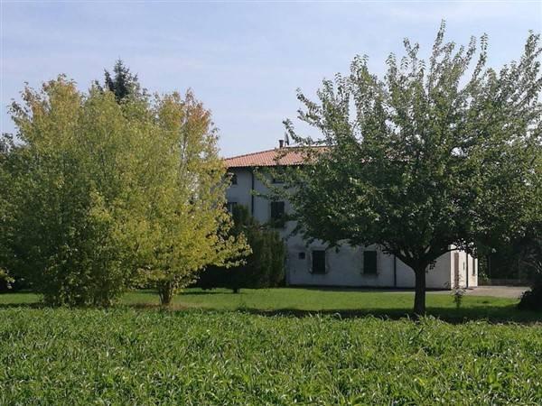 Foto 1 di Rustico / Casale Bologna