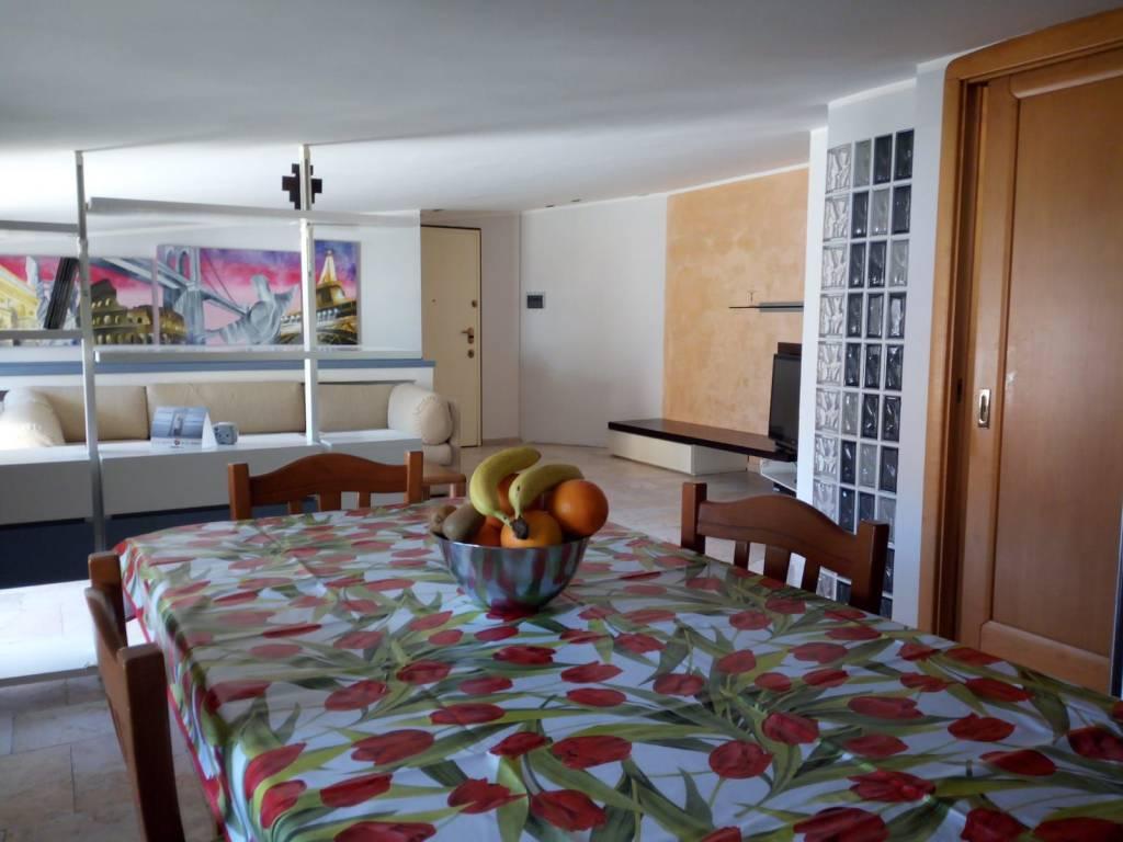 Appartamento in affitto a Mercato San Severino, 3 locali, prezzo € 490 | CambioCasa.it