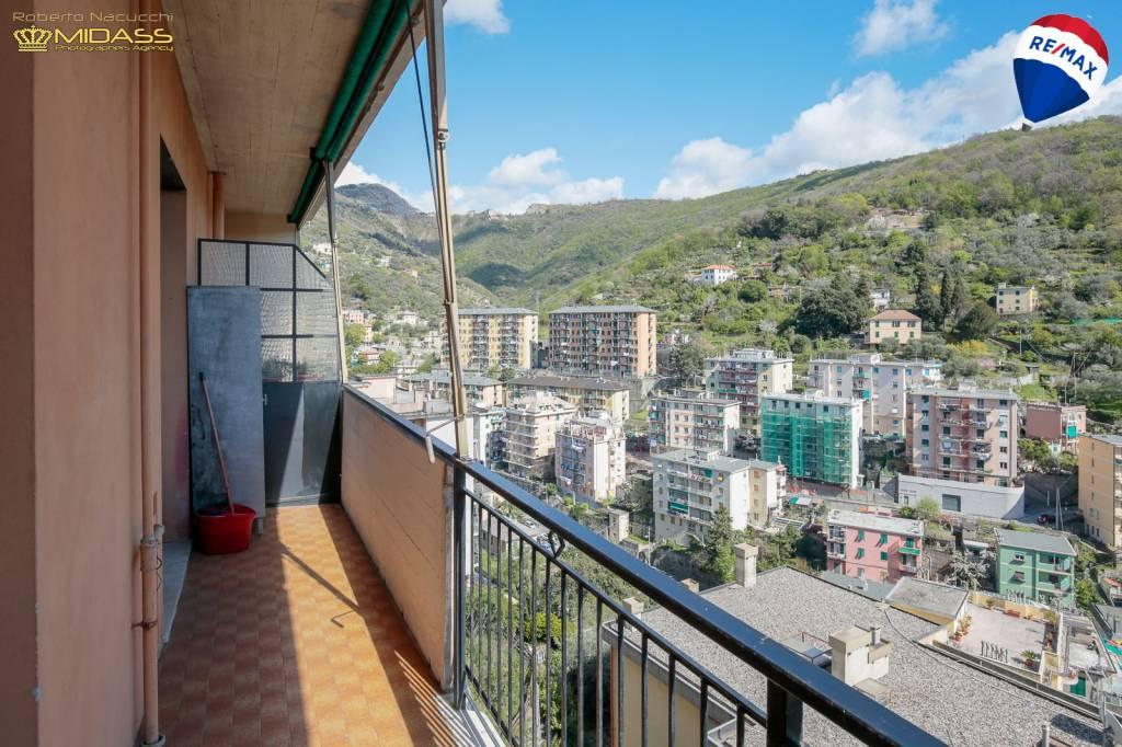 Foto 1 di Quadrilocale via degli Oleandri 22, Genova (zona S.Fruttuoso-Borgoratti-S.Martino)