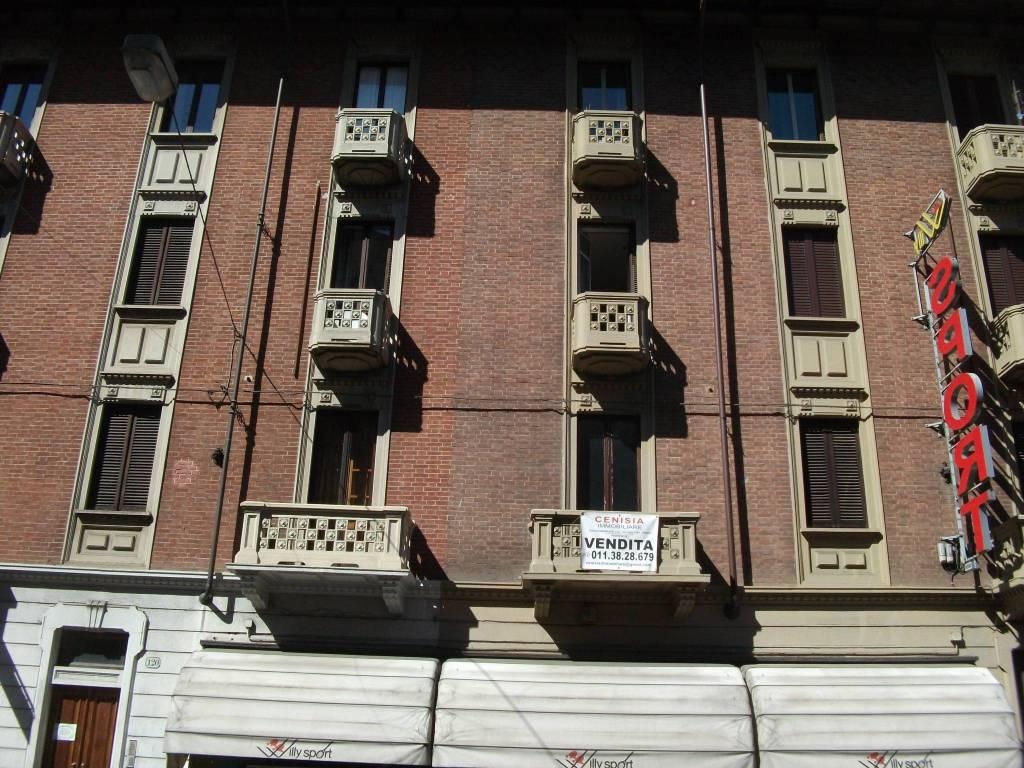Foto 1 di Trilocale via Frejus 120, Torino (zona Cenisia, San Paolo)