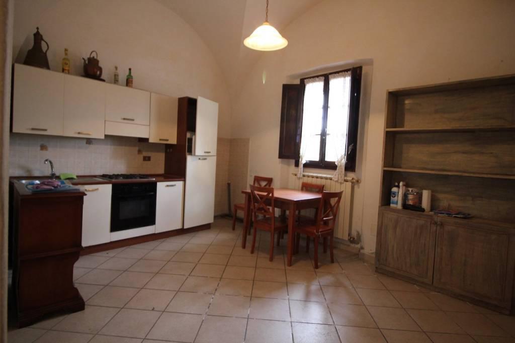 Appartamento in Vendita a Palaia Centro: 3 locali, 76 mq