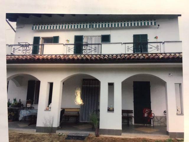 Foto 1 di Villa Castelnuovo Bormida, Acqui Terme