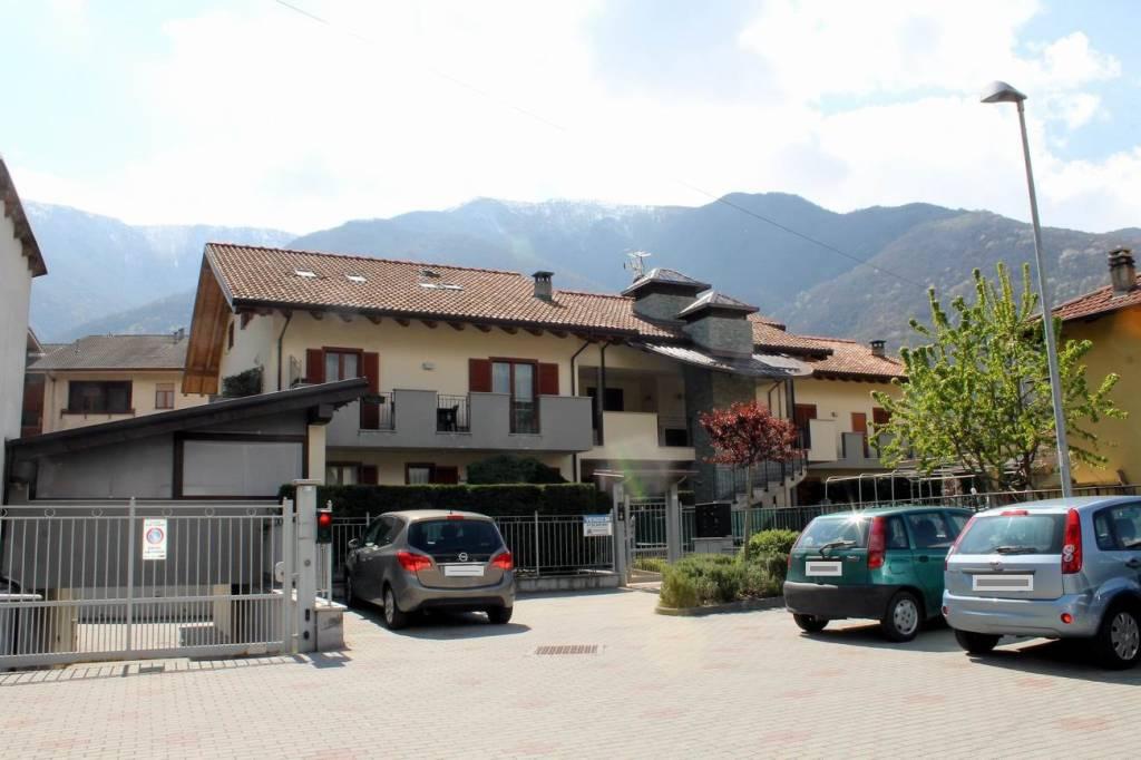 Foto 1 di Quadrilocale via Chiesali, Villar Focchiardo