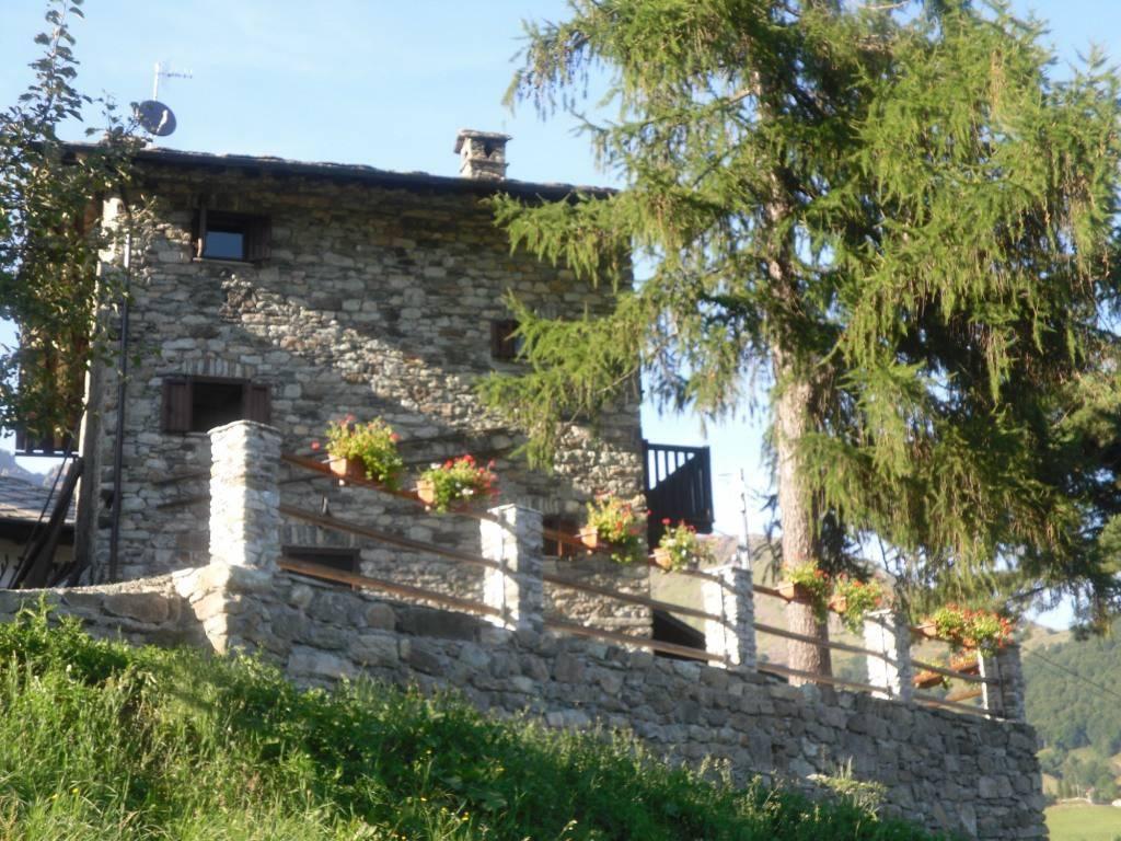 Foto 1 di Rustico / Casale Frazione Tornetti, frazione Tornetti, Viù