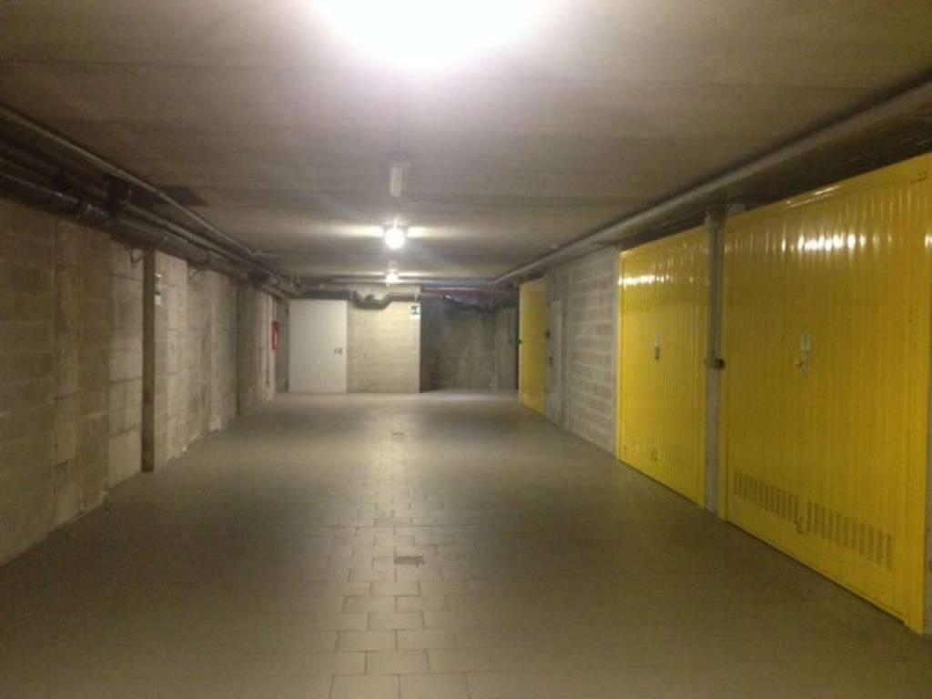 Foto 1 di Box / Garage corso Dante Alighieri 106, Torino
