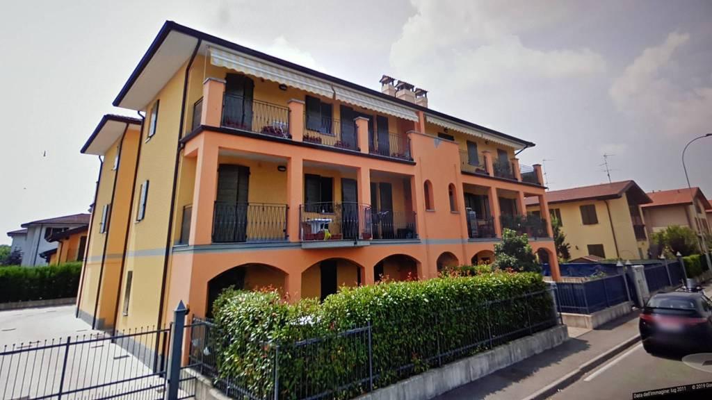 Appartamento in Vendita a Trescore Cremasco Centro: 3 locali, 91 mq