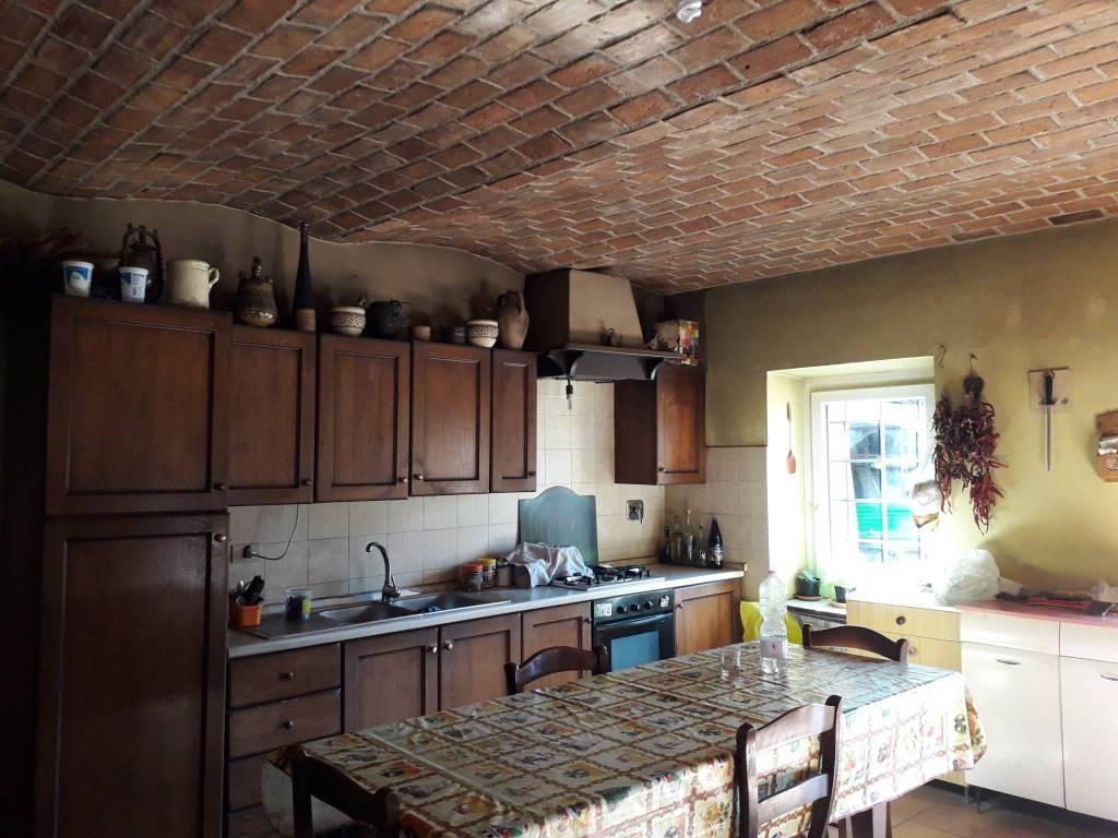 Foto 1 di Rustico / Casale Borgata Bussone 44, Valgioie