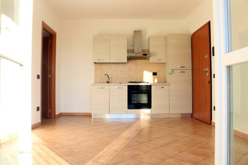 Appartamento in affitto a Alba, 2 locali, prezzo € 250 | CambioCasa.it