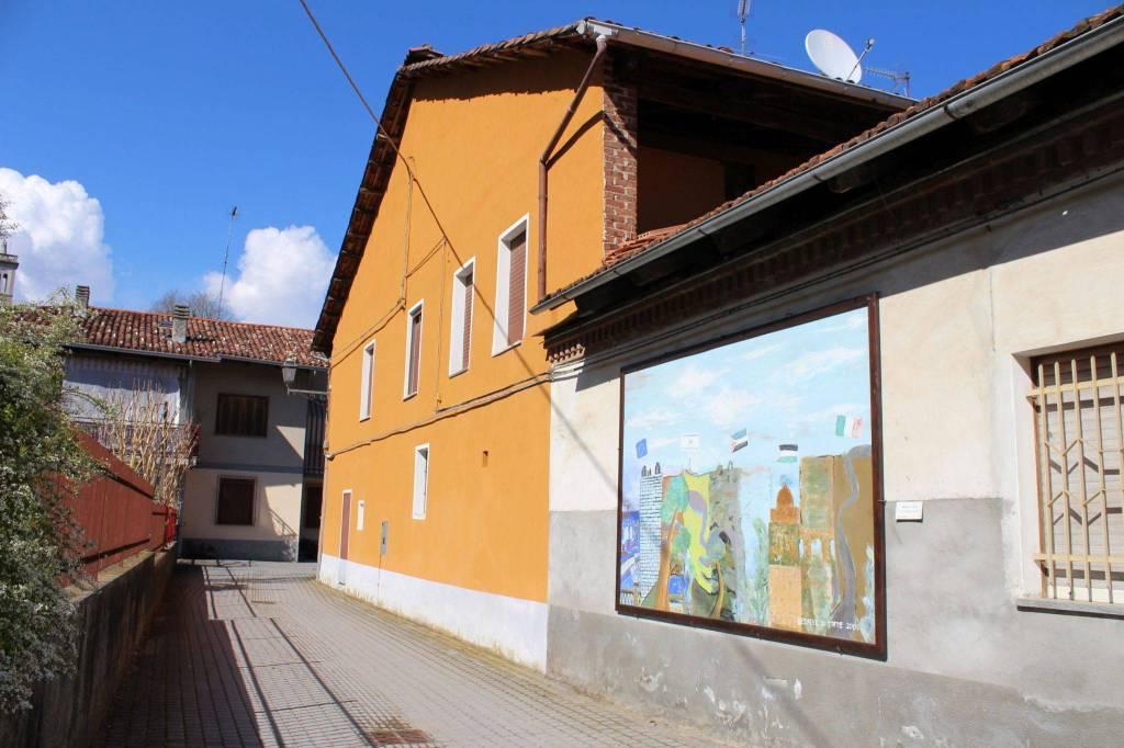 Foto 1 di Casa indipendente via Preie, Torre Canavese