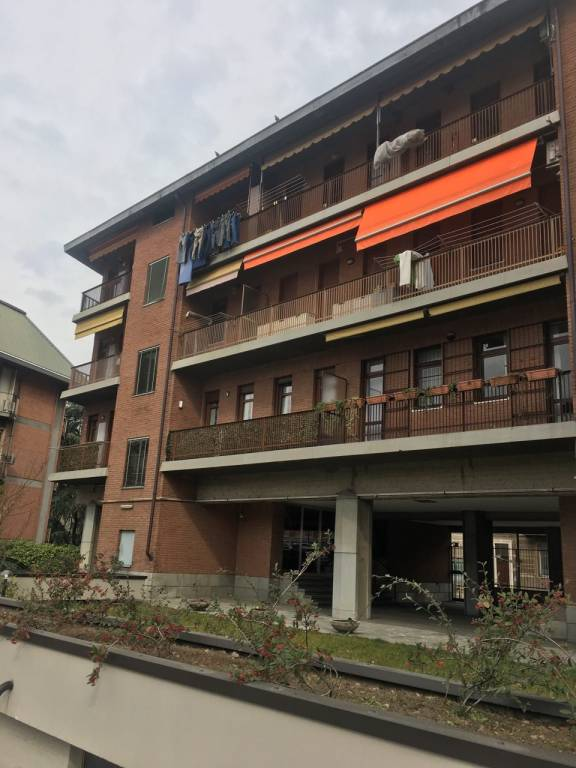 Foto 1 di Box / Garage corso Quintino Sella 11, Torino (zona Precollina, Collina)