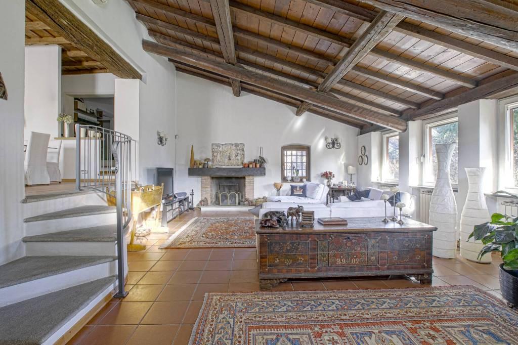 Villa in affitto a Tribiano, 5 locali, prezzo € 2.500 | PortaleAgenzieImmobiliari.it