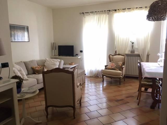 Foto 1 di Appartamento SP162, Bossolasco