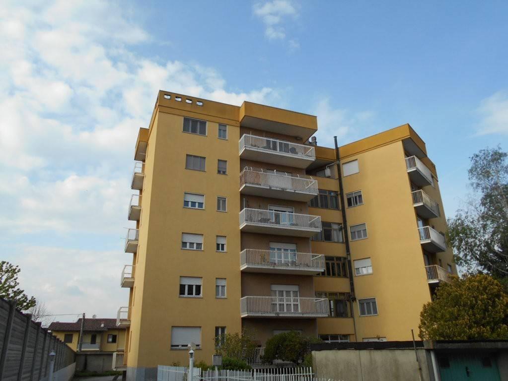 Appartamento in affitto a Cigliano, 4 locali, prezzo € 350 | CambioCasa.it