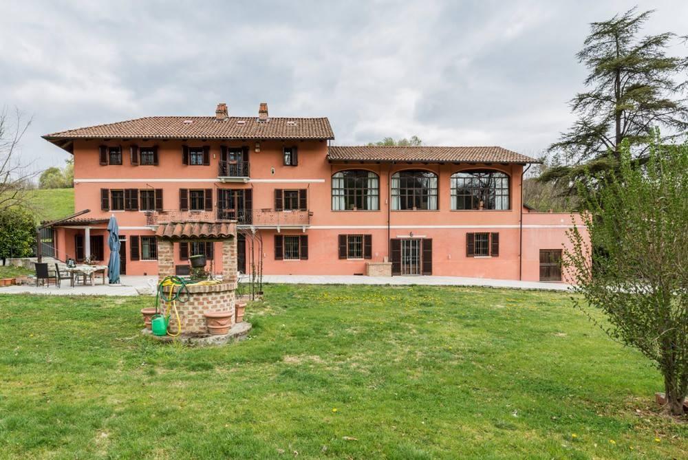 Rustico / Casale in vendita a Frinco, 10 locali, prezzo € 650.000   PortaleAgenzieImmobiliari.it